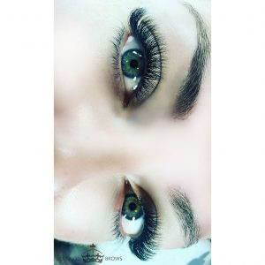 London Brows 0.03 Fairy Tale Volume Lash Extensions